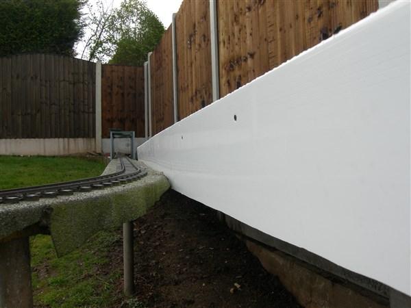 Retaining Wall (600 x 450).jpg