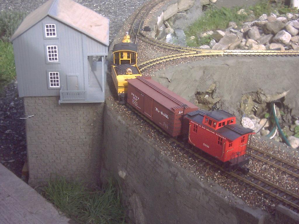 Garden Railway (178).jpg